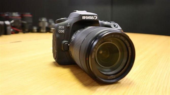 Nieuwe Canon EOS 90D